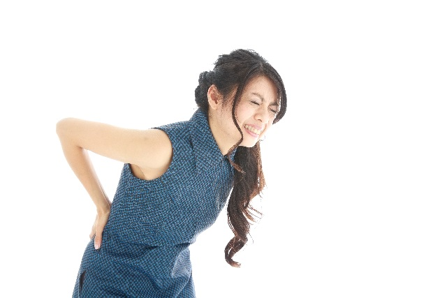 腰痛女性2
